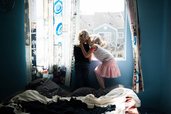 lifestyle photo session by Jessica Drogosz of Removed filmakers family