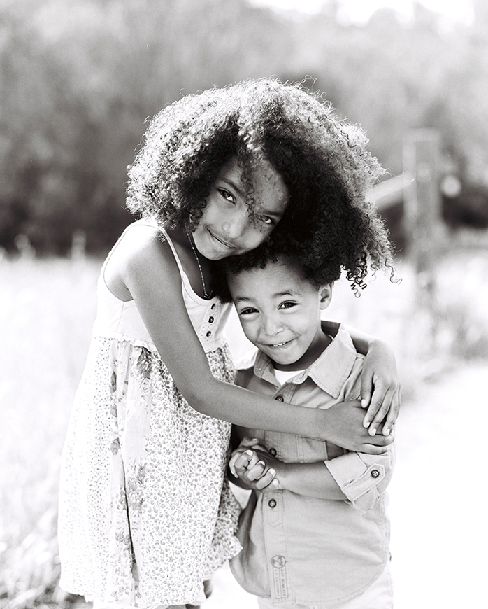 black and white child photo by san francisco bay area photographer kim tsui