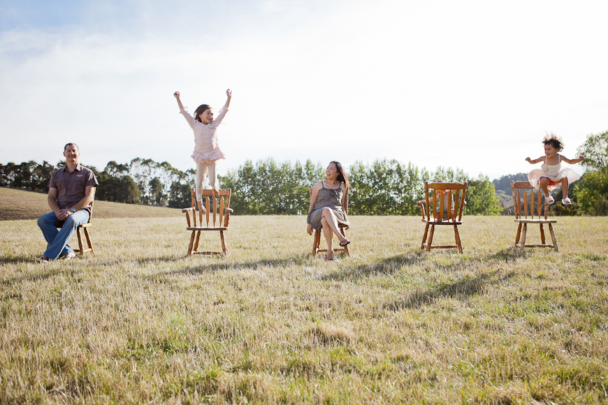 outdoor family pic by New Zealand photographer Sam Mothersole