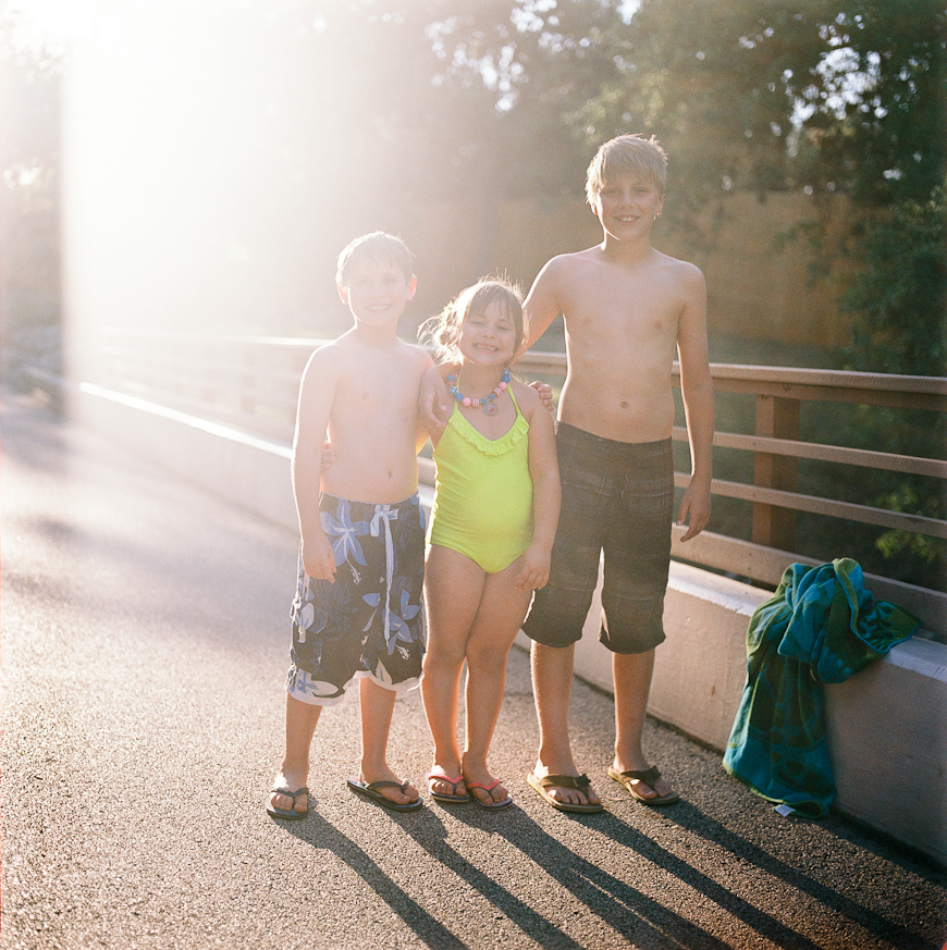 film photographer reggie campbell's image of kids in sun