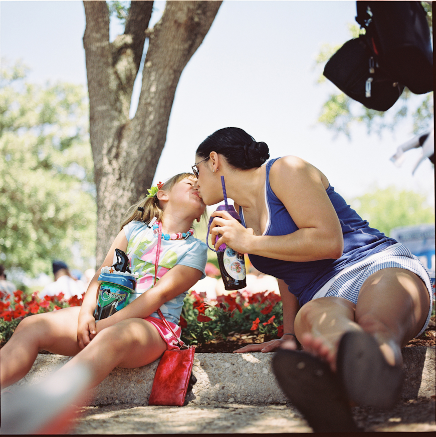 reggie campbell's photo of family at seaworld