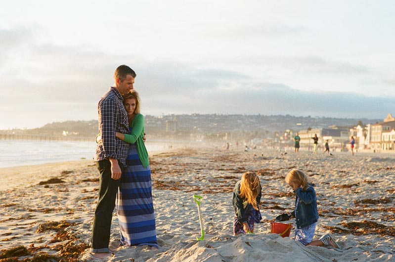 tara whitneys film photo of family at beach