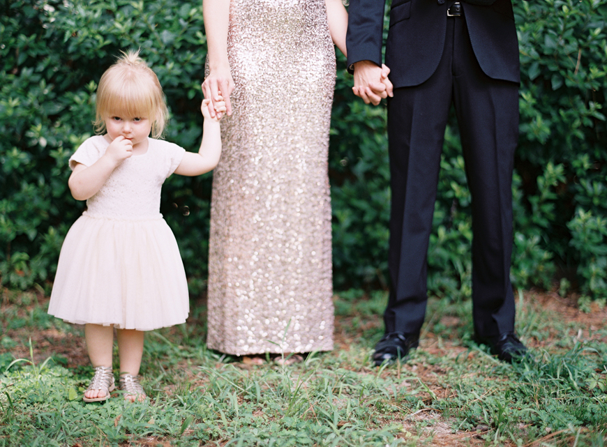 family holding hands picture by film photographer mi amore foto