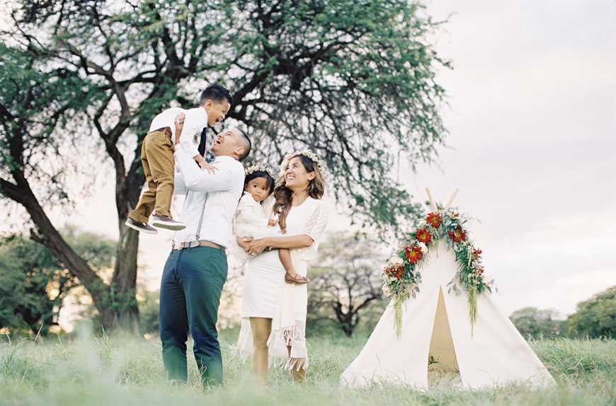 happy family picture outdoors by by Hawaii film photographer Alisa Greig