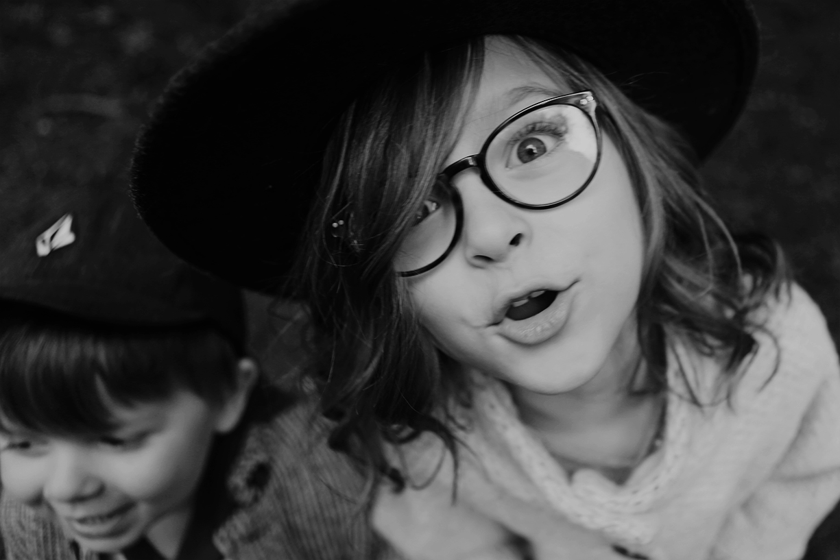 picture of little girl in glasses by Andrea Hanki