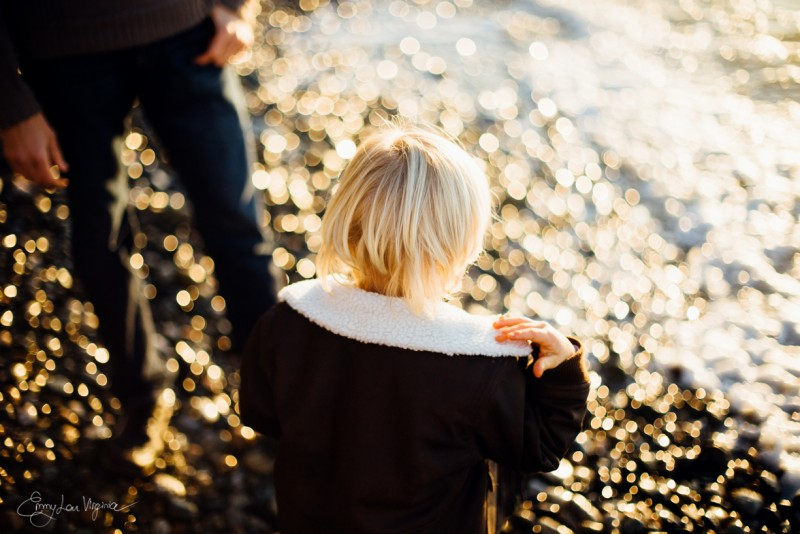 10 picture of blond boy from behind bokeh Vancouver Family Photographer - Emmy Lou Virginia Photography-32