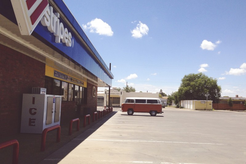 21-Volkswagen-bus-outside-gas-station-by-texas-photographer-brooke-schwab