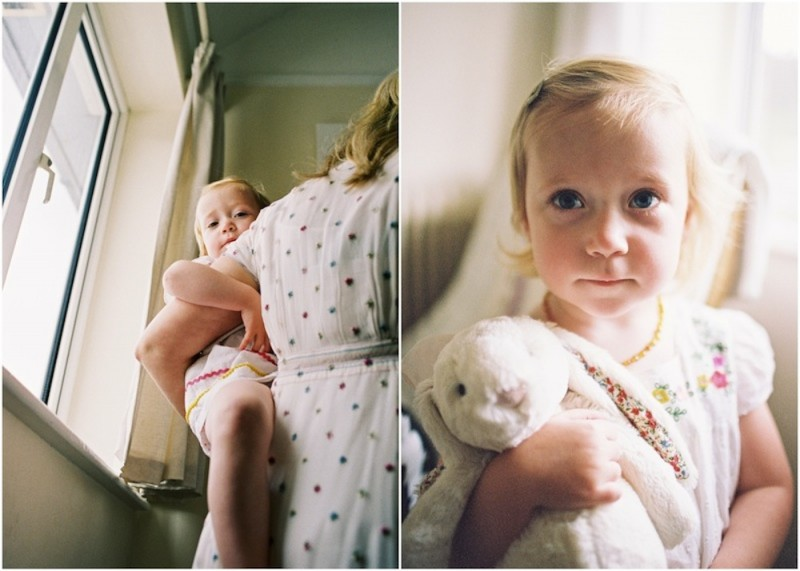 cute daughter with rabbit and with mom photos by photographer kjrsten madsen