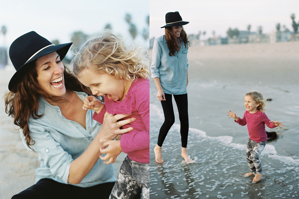 photo of mom and daughter at the beach by Simply by Suzy