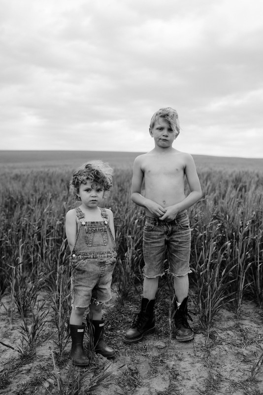 photo session of her boys outdoors by Laurken Kendall