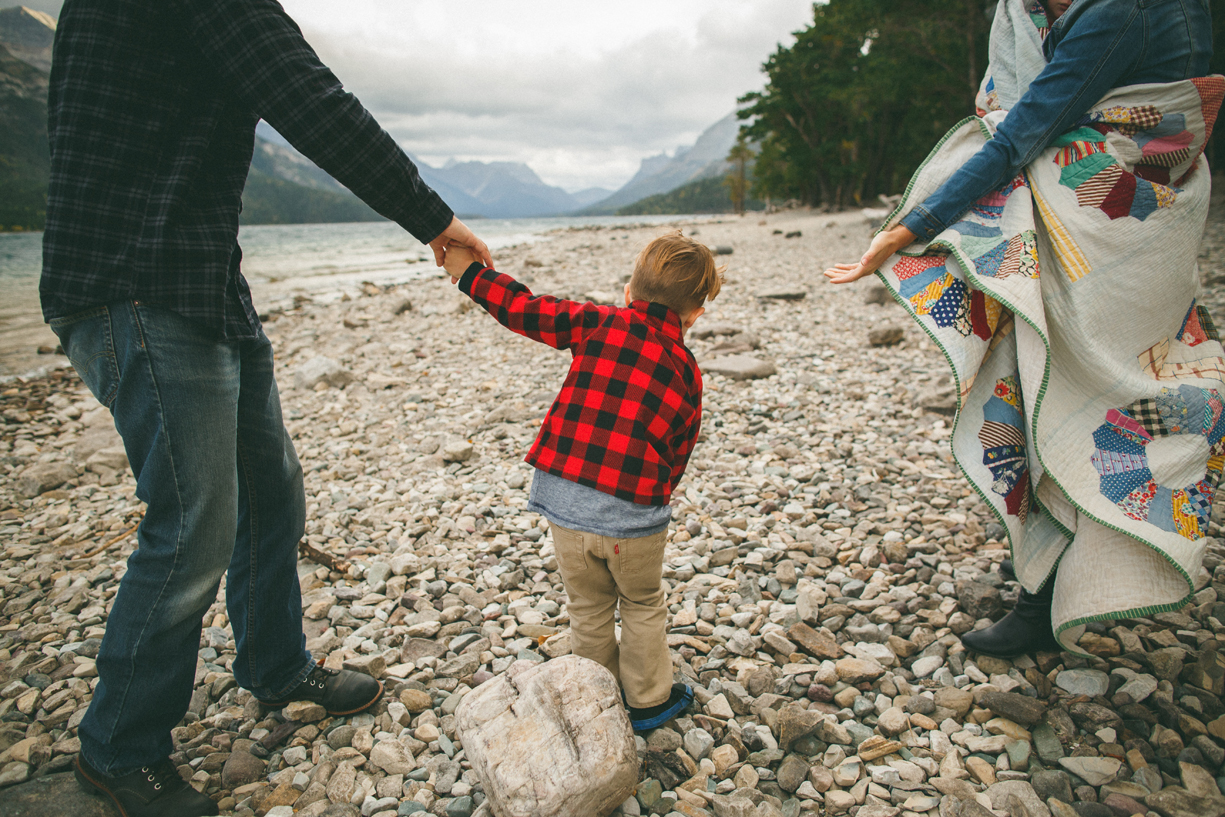 family photos at the Prince of Wales Hotel in Glacier Park Canada by Jayme Ford of The Paper Deer